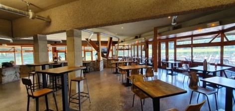 5-Arcoh-Payolle-restaurant-4.jpg