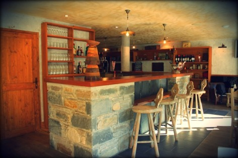 0-L-AUTHENTIQUE--L.-AURIAU--BAR.JPG