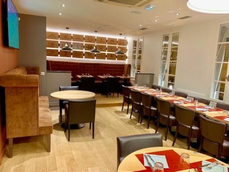 2-Lourdes-restaurant-le-Van-Gogh-3.jpg