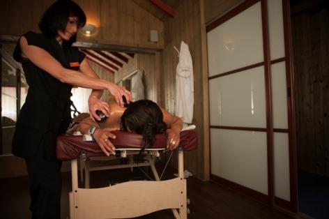 3-Balnea-massage-aux-pierres-chaudes.jpg