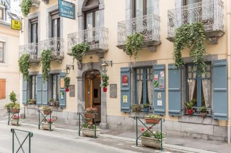 8-HPH8-Le-Lion-d-Or-facade2.jpg