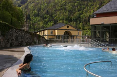 9-32-Les-Bains-du-Rocher---Lagune-exterieure.jpg
