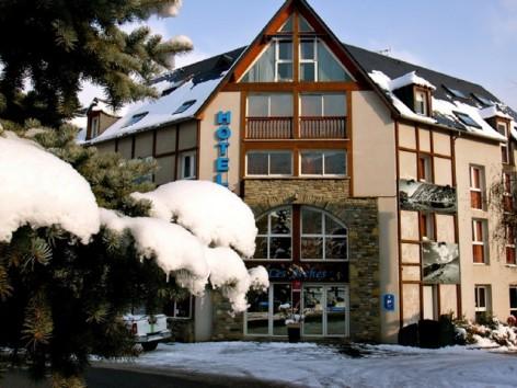 5-HPH71-6-Les-Arches---facade-hiver-2.jpg
