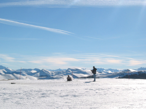 4-18-Nistos---Skieurs-panorama.jpg