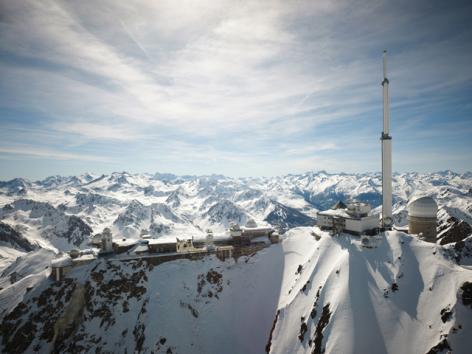 2-8-Pic-du-Midi-Hiver---Vue-aerienne.jpg