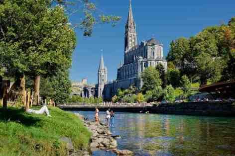 9-Lourdes---2-2.jpg