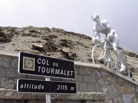 0-Col-du-tourmalet-hpte-shutterstock-2188913-2.jpg