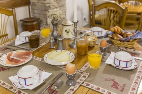 9-Votre-hotel-petit-dejeuner--2-.jpg