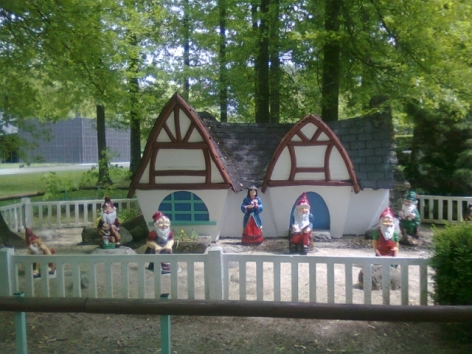 4-Parc-de-loisirs-Le-Demi-Lune---Blanche-Neige.jpg