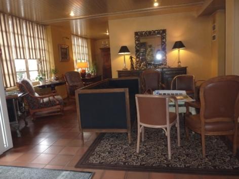 9-HPH10---Hotel-Le-Viscos---salon.JPG
