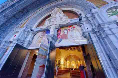 8-Lourdes---2.jpg