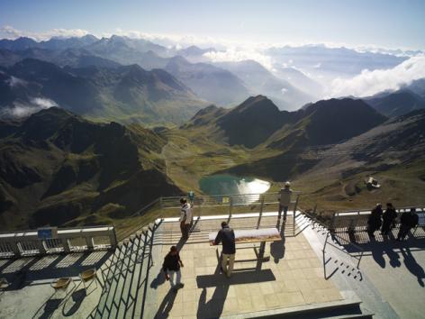 7-11-Pic-du-Midi-Ete---Terrasses-panoramiques.jpg