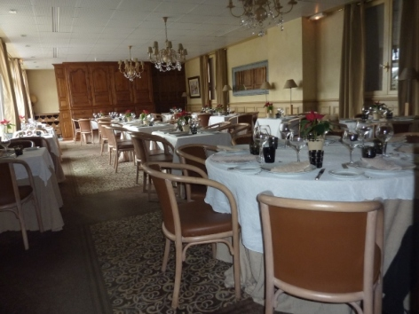 3-HPH10---Hotel-Le-Viscos---Restaurant.JPG