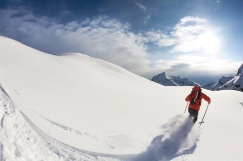 0-Ski-de-rando-poudreuse.jpg
