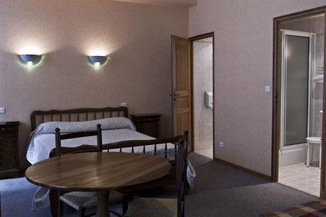 9-HPH61---La-Montagne-Fleurie---Chambre.jpg