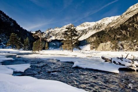 3-Cauterets-Pont-d-Espagne-en-hiver-2.jpg