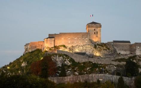 18-Lourdes---le-chateau.jpg
