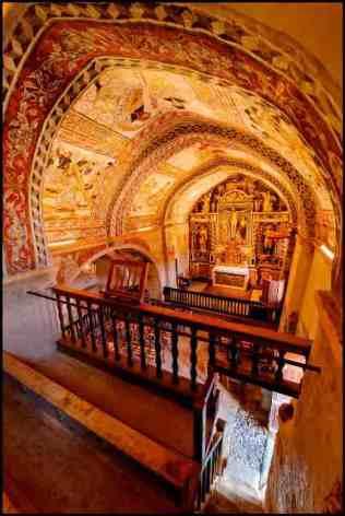 2-Eglises-Peintes-de-Saint-Barthelemy-de-Mont-interieur2-HPTE-Eric-Martin-Le-Figaro-Mag-80ec6d1898e246d18d0b127e845762c5.jpg