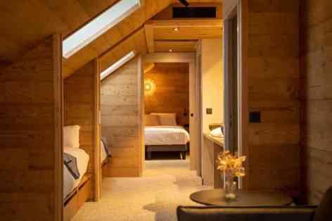 9-Hotel-Mercure-Peyragudes-Loudenvielle-Pyrenees-DSC09363--Merci-les-gars-Mathieu-Soubira-1-3.jpg