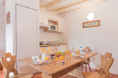 6-cuisine-8-pax-mezzanine.jpg