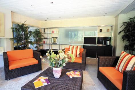 4-HPRT14---Ardoisiere---Salon-Residence.jpg