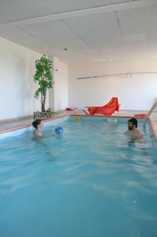 2-HPRT90---Royal-Peyragudes---piscine.jpg