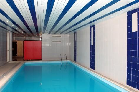 2-HPRT52---Odalys-Les-hauts-de-Peyragudes---piscine.jpg