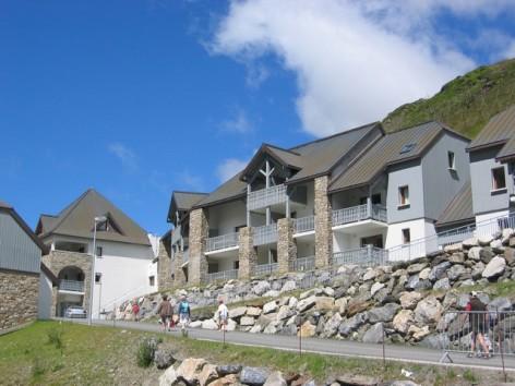 0-HPRT5-residence-de-tourisme-Mer-et-Golf-Pic-du-Midi-facade-ete.jpg