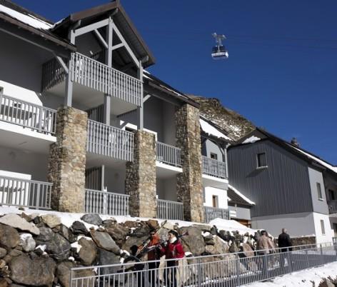 0-HPRT5-residence-de-tourisme-Mer-et-Golf-Pic-du-Midi-facade-hiver-2.jpg