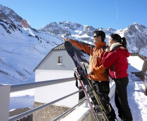 3-HPRT5---Residence-Mer-et-Golf-Pic-du-Midi---ext-hiver.jpg
