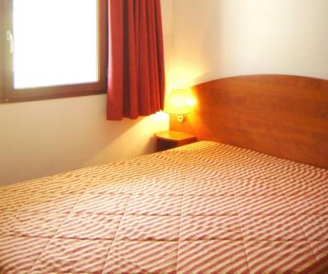 3-HPRT5-residence-de-tourisme-Mer-et-Golf-Pic-du-Midi-chambre-2.jpg