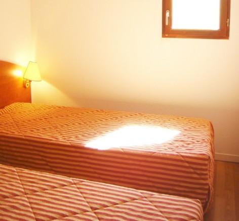 9-HPRT5---Residence-Mer-et-Golf-Pic-du-Midi---chambre--2-.jpg
