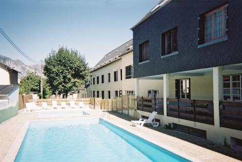 0-piscine-clairevie-argelesgazost-HautesPyrenees-2.jpg