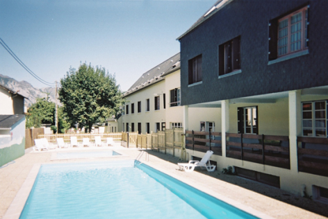 10-piscine-clairevie-argelesgazost-HautesPyrenees.jpg