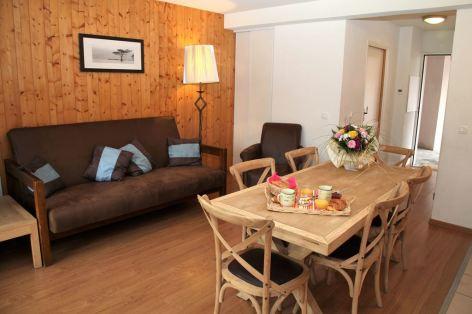 5-HPRT96---Residence-Val-de-Roland---LUZ---Appartements-t3duplex-06.jpg