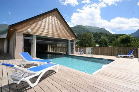 7-HPRT96---Residence-Val-de-Roland---LUZ---Espace-piscine-06---Ete.jpg