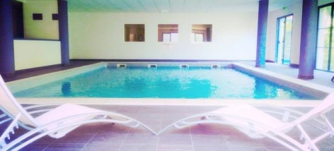 6-HPRT122---Les-Balcons-de-l-Yse----piscine.jpg
