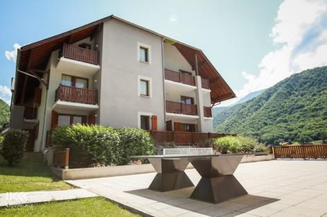 1-HPRT6-les-balcons-de-la-neste-facade.jpg