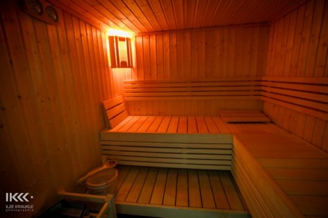 6-HPRT6-les-balcons-de-la-neste-sauna.jpg